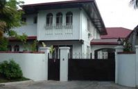 Los Tamaraos Village Tambo Paranaque House and Lot for Sale