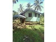 Tagbolante, Berong, Quezon Beach House & Lot For Sale 111809