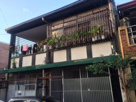 House & Lot For Sale Near SM Valenzuela City 121805