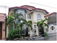 BF Homes, Paranaque City House & Lot For Sale 011901