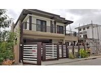 Greenwoods, Pasig City House & Lot for Sale 091907